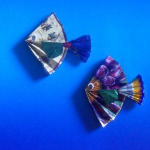 Поделки из фантиков — оригинальные идеи изготовления своими руками модных поделок (80 фото)