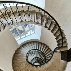 Маршевые лестницы с элементами винтовой